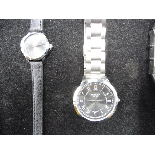 537 - Selection of 4 Watches including 2 Digital and 2 Reflex...
