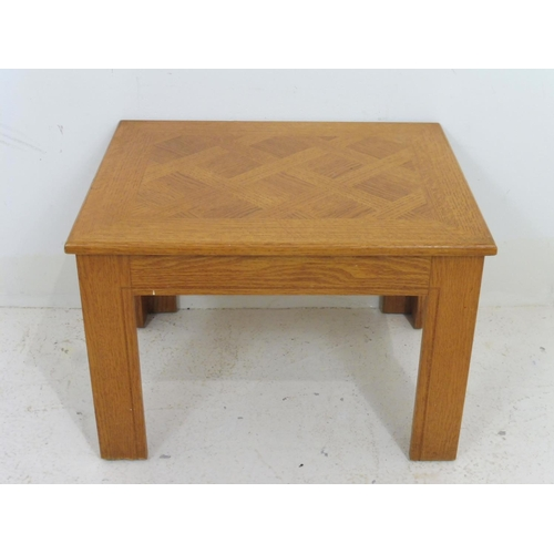 782 - Handmade Wooden Coffee/Tea/Side Table 15