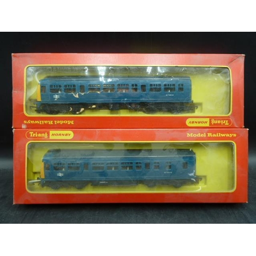 17 - Boxed Triang Hornby Diesel Multiple Unit Model R.157C  With Boxed Matching Carriage...