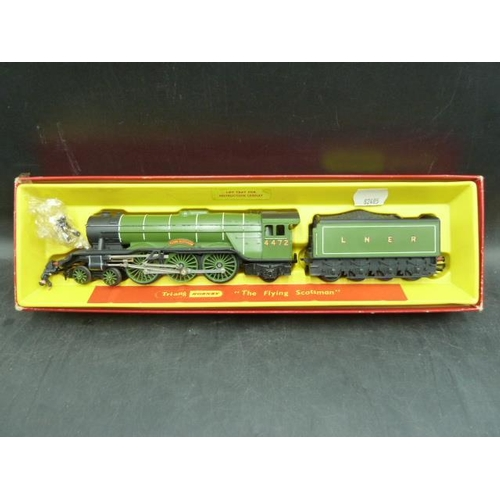 24 - Boxed Triang Hornby Flying Scotsman Loco and tender complete with Driver and Fireman. Also has origi...