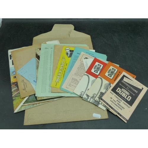 48 - Hornby Dublo Hand Books and other...