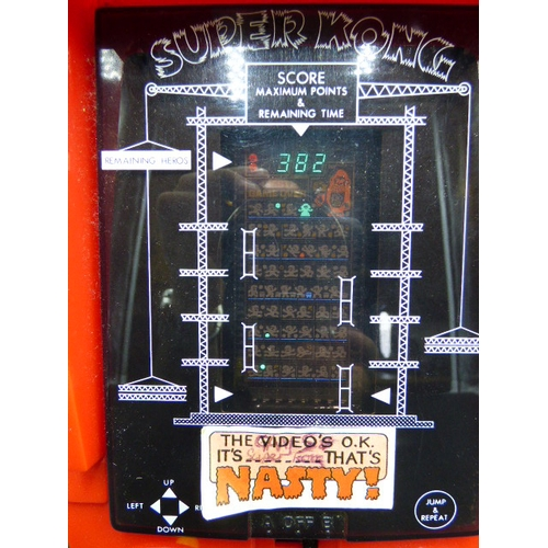 44 - Boxed Vintage Super Kong table topped Electronic Game...