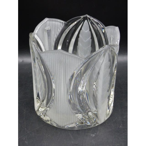 347 - Crystal Bucket with Etched Leafs (6