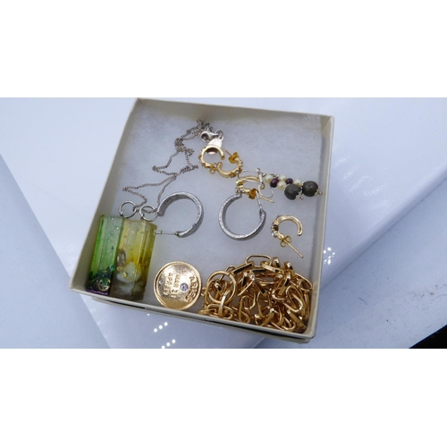 111 - Collection of Costume Jewellery to include Earrings, Chains and more...