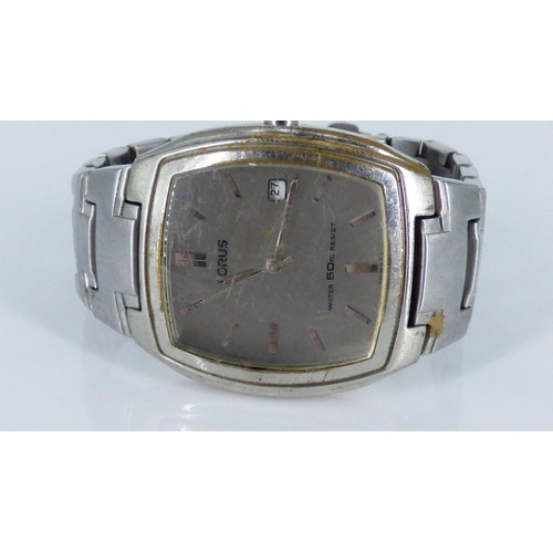 130 - Lorus VX32-X317 Water Resistant Gents Watch with Japanese Movemet...