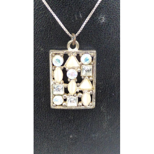 168 - Pendant on Silver 925 Chain...