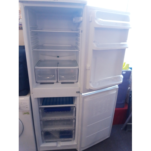 652 - Hotpoint Aquarius Fridge Freezer Approx 6ft Tall  50/50 Split with Freezer At the Bottom W/O...