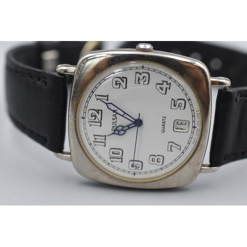 33 - Bulova Automatic 23 Jewels Gents Watch on Elasticated Strap together with a Pulsar...