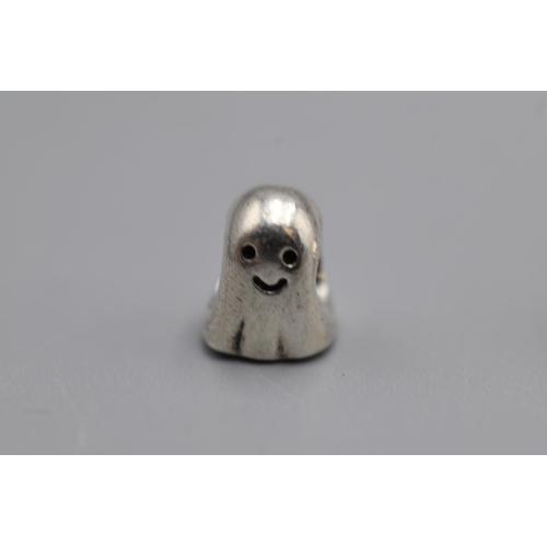 21 - Selection of 7 Genuine Pandora Silver Charms...