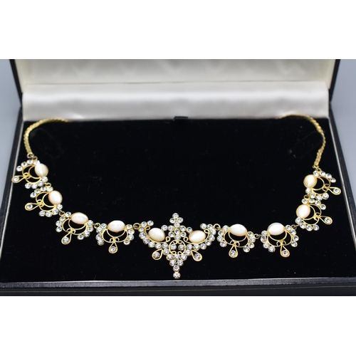20 - Vintage Boxed Necklace...
