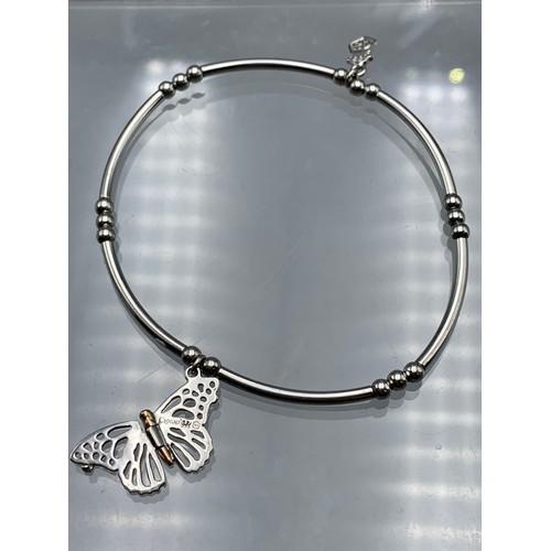 26 - Clogau Silver 925 Friendship Bracelet (3.96 grams) Complete with Presentation Box...