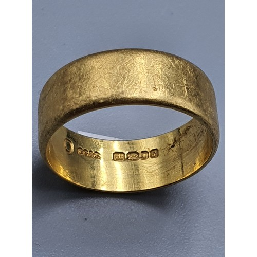 1a - A 22 Carat Gold Wedding Band Size O By Charles Green and Son. Fully Hallmarked Weight 7.1 Grams...