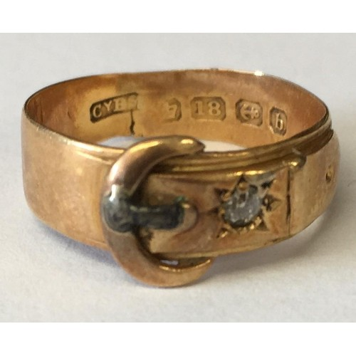 344 - An unusual 1901 Belt-Buckle styled 18ct Gold ring. Size M....