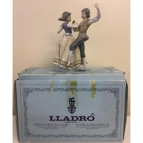 954 - A boxed, Lladro 5252