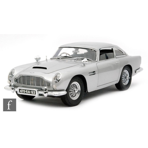A Detailed 1 8 Scale Model Of James Bond S Aston Martin Db5