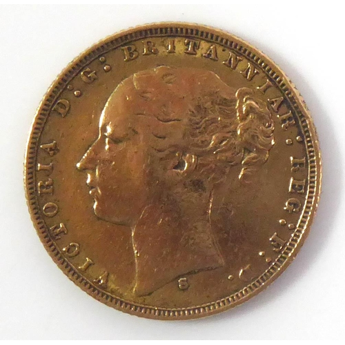 3 - A VICTORIAN 22CT GOLD FULL SOVEREIGN COIN, DATED 1875 Bearing portrait of Queen Victoria and George ...