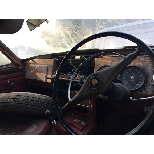 1 - TO BE AUCTIONED 12 NOON 3RD OCTOBER  A 1968 BLACK JAGUAR MKII  240, 64000 miles, local barn find, st...