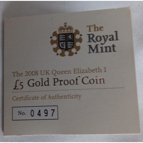 11 - A 22CT GOLD FIVE POUND PROOF COIN, DATED 2008, QUEEN ELIZABETH I AND II PORTRAITS In a protective ca...
