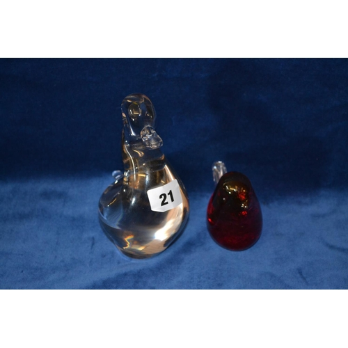 21 - WEDGWOOD CRYSTAL DUCK AND RUBY GLASS ROBIN...