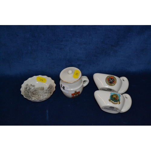 14 - PAIR OF W.H. GOSS ANCIENT LAMPS, ONE W.H. GOSS ANCIENT CUP AND DISH DECORATED VALLEY AND GRAND HOTEL...