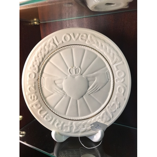 24 - Belleek friendship/ love and loyalty cladagh design...