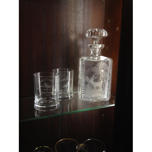 30 - Beautiful cut glass decanter with winter scene engraving with 2 famous grouse 1800/2000 Bi century g...