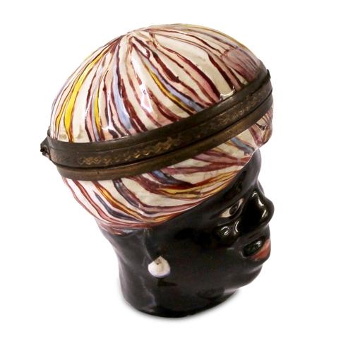 36 - Blackamoor Head Bonbonniere - Rare Bilston Blackamoor head bonbonniere. Exceptionally large model pa...
