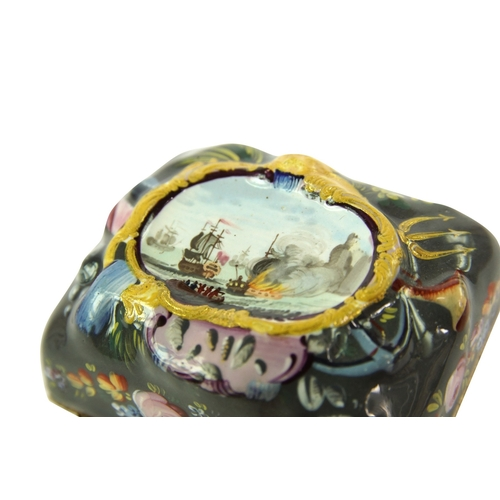 42 - Rare Bilston Repousse Snuff Box - An Extremely Rare Bilston Repoussé snuff box. The grey ground with...