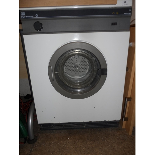 11 - Philips tumble dry in working order...