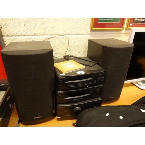 22 - Technics separates CD SL-CH510, tuner ST-CH510, AMP SE-CH510 plus speakers in working order...