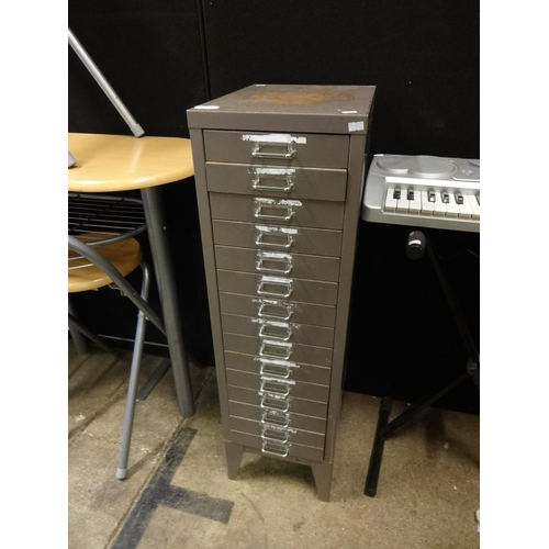 3 - Set of industrial metal drawers, 15 in total 39