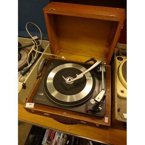 51 - Vintage Garrard record deck AT6 in a wooden case...