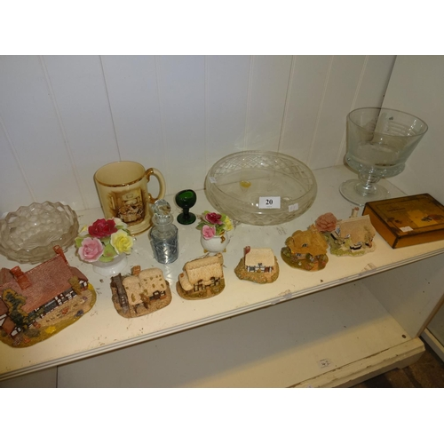 20 - Mixed lot of Lilliput cottages and glassware...
