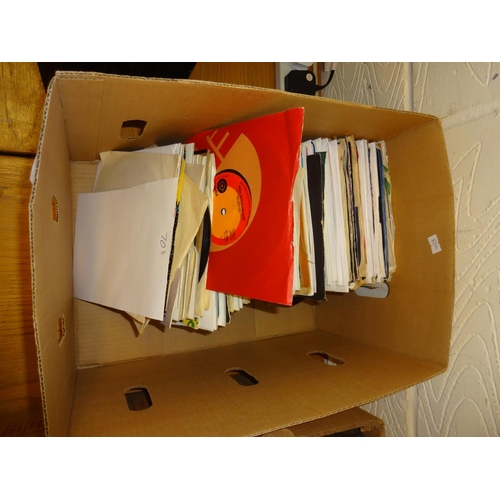 14 - Carboard box containing vinyl singles all from the 1970s...
