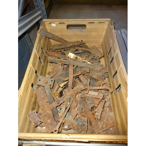 37 - Box of assorted suffolk latch, gate handles antique and later...