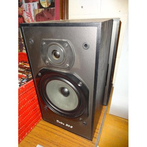 12 - Pair of Wharfedale Delta 30.2 speakers in working order...