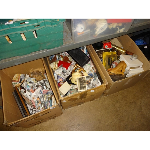 32 - 3x Boxes of various vintage items including some brass, crockery, vintage pictures, EPNS cutlery and...