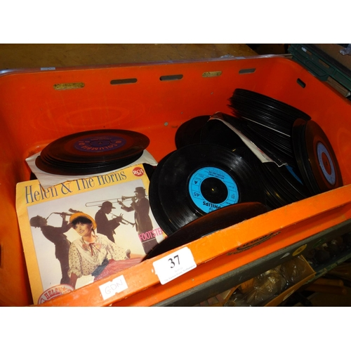 37 - Selection of 45's from the 60s/70s approximately 100+...