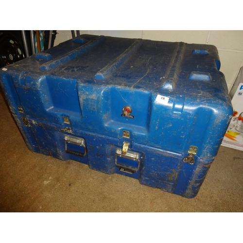 18 - Extra large blue flight case padded insde....