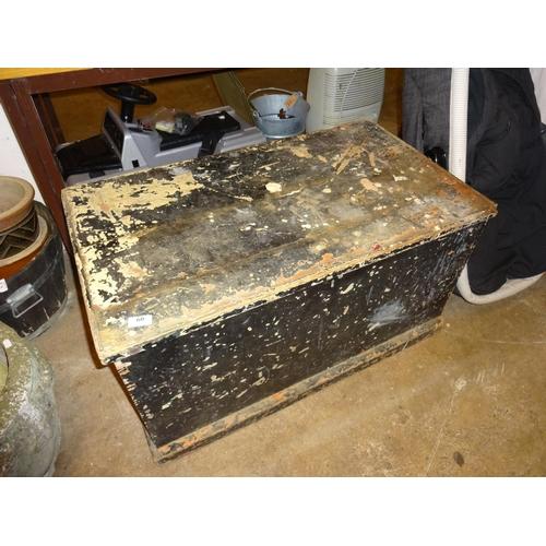 60 - Vintage wooden trunk (no bottom as found) 90cm L x 50cm D 47cm H...