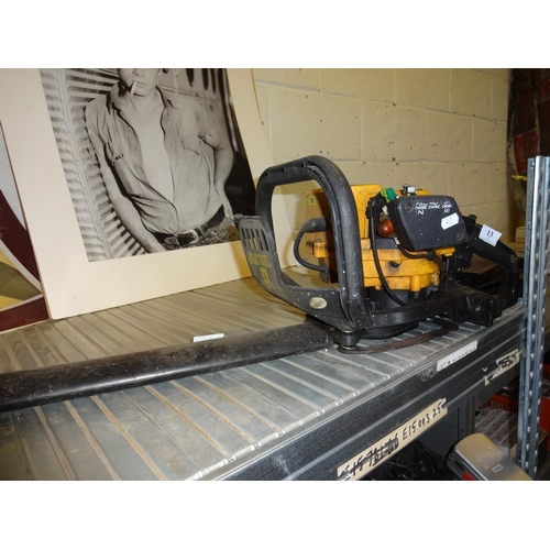 13 - Partner petrol hedge trimmer not tested sold as seen....
