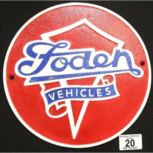 14 - Cast iron Foden Trucks sign D: 24 cm. P&P Group 2 (£18+VAT for the first lot and £2+VAT for subseque...