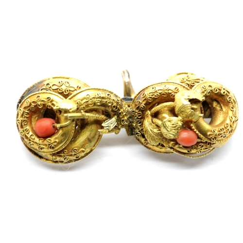 1032 - Yellow metal coral set brooch, 6.4g, W: 4.5 cm, no hallmarks. P&P Group 1 (£14+VAT for the first lot...