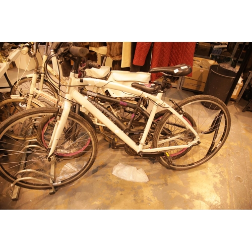 12 - Gents Globe bike with Shimano gears. Not available for in-house P&P....