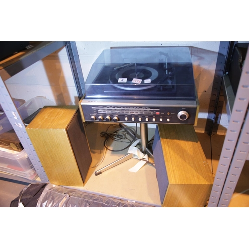43 - GEC sounddeck stereo system and two speakers. Not available for in-house P&P. Condition Report: All ...
