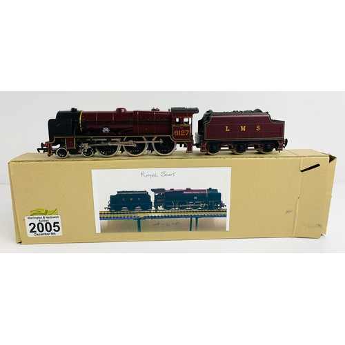 2005 - Mainline LMS 6127 'Old Contemptibles' Royal Scot Class Loco - P&P Group 1 (£14+VAT for the first lot...