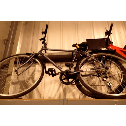 9 - Premium Professional gents 6 speed bike with front suspension and 21