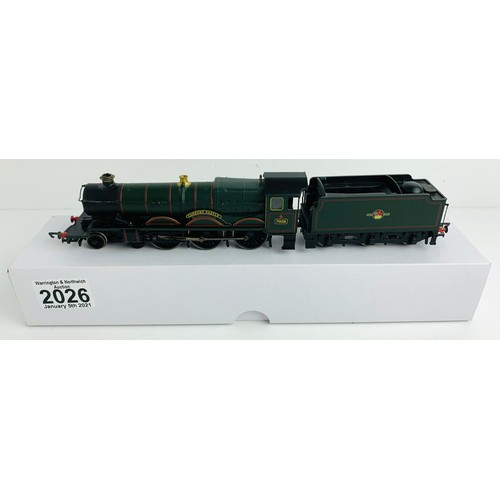 2026 - Hornby OO Gauge Cadbury Castle Locomotive Boxed P&P Group 1 (£14+VAT for the first lot and £1+VAT fo...