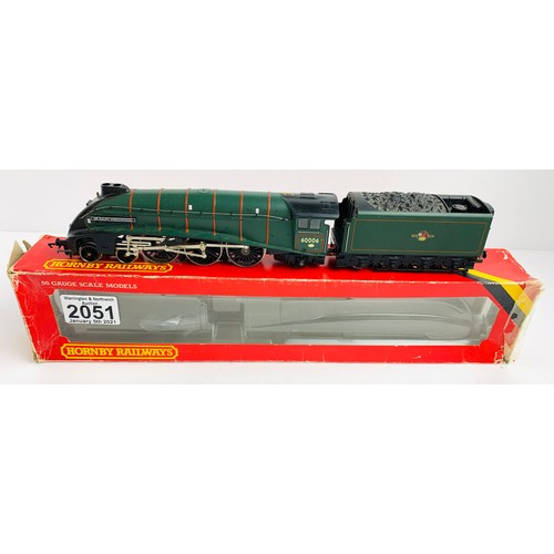 2051 - Hornby OO Gauge Sir Ralph Wedgewood Locomotive Boxed P&P Group 1 (£14+VAT for the first lot and £1+V...