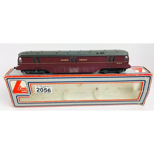 2056 - Lima OO Gauge Express Parcels Car Locomotive Boxed CONDITION REPORT: Damaged Buffers P&P Group 1 (£1...